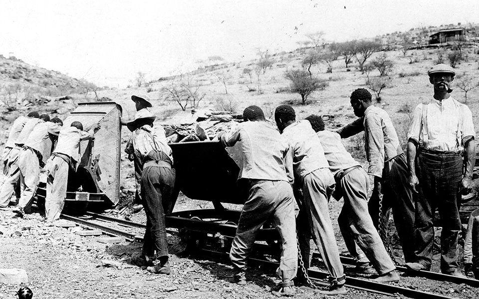 Herero prisoners at the railway construction